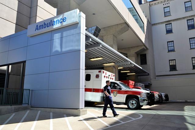 年末調整、国民健康保険料の控除の証明書や領収書は必要か